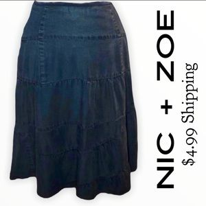 Nic + Zoe indigo blue chambray skirt